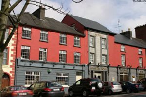 Kelly's Gateway Hotel, Swinford